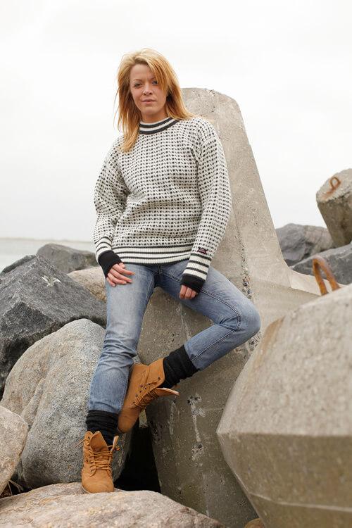 Stickad Norsk tröja från Norwool i ren ny Norsk ull